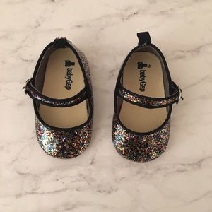 Baby gap glittery baby shoes